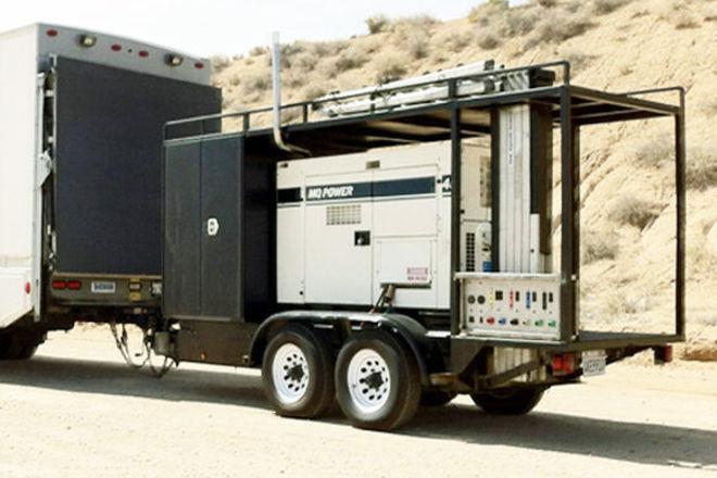 300 AMP Generator w/ Distro and Telescoping Mast