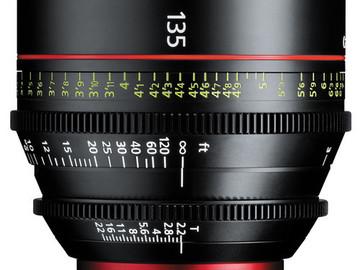 Canon CN-E 135mm T2.2 Prime