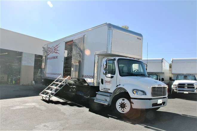 2010 Diesel Freightliner 5-Ton  w/Premium Grip Equipment