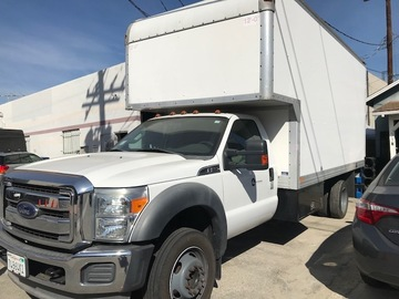 2011 FORD 550 17' BOX TRUCK WITH LIFT GATE