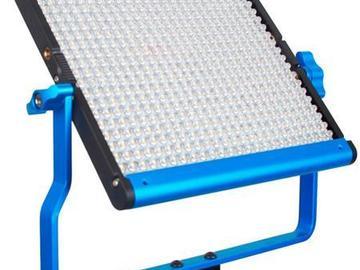 2 x Dracast Bi-Color Panels with Dual NPF Batter