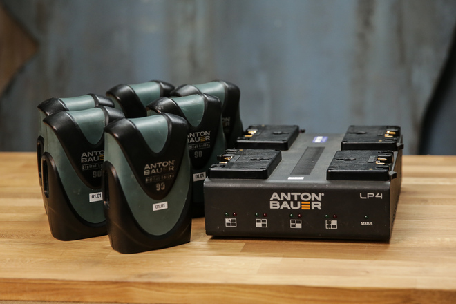 6 Pack of Anton Bauer Digital 90 with Quad Charger
