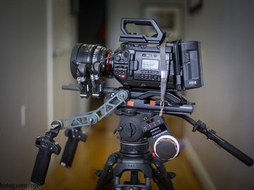 Rent: URSA Mini Pro 4.6k EF or PL + Xeen + Wireless Follow Focus +