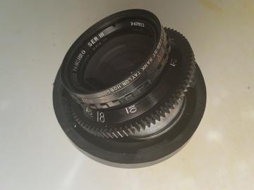 Rent: Cooke Speed Panchro Ser III 25mm f/2 T2.2 Arri std mount