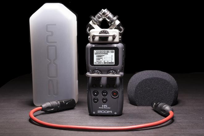Zoom  H5n Handy Recorder