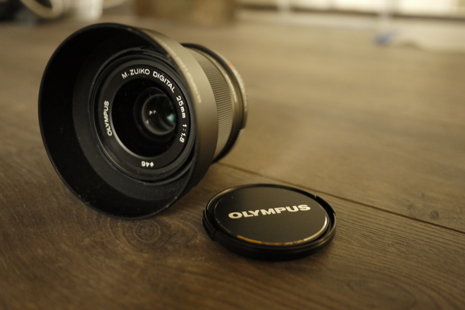 Olympus Micro Four Thirds 25mm F1.8 Lens