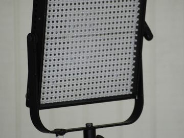1x1 Litepanel Daylight Spot w/Battery Adapter