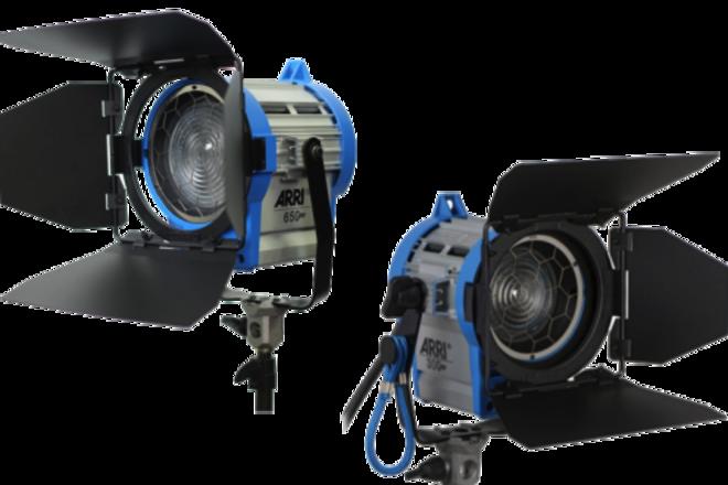 2x ARRI 650W Fresnel kit with stands