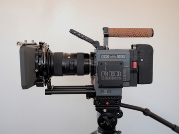 Rent: Scarlet-W 5K FULL KIT, Sigma Lens, 512GB, Mattebox