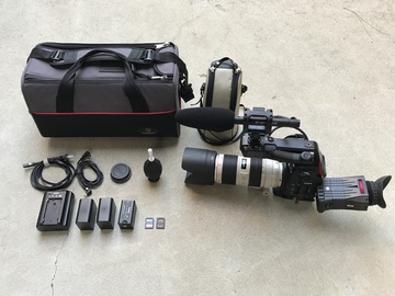 Rent: Canon C100 w/ Dual Pixel AF, 70-200 f/2.8L IS II, and Mic