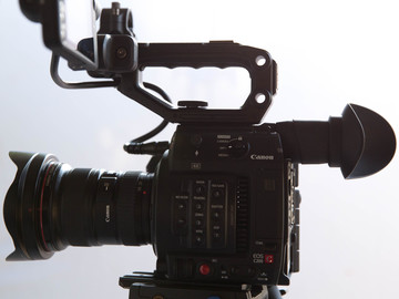 Canon C200 - Cinema Package with Leica-R lenses