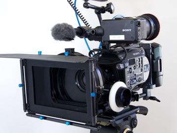 Sony FS7 Super 35 - Cinema Pacakge + CP2 Prime Lenses