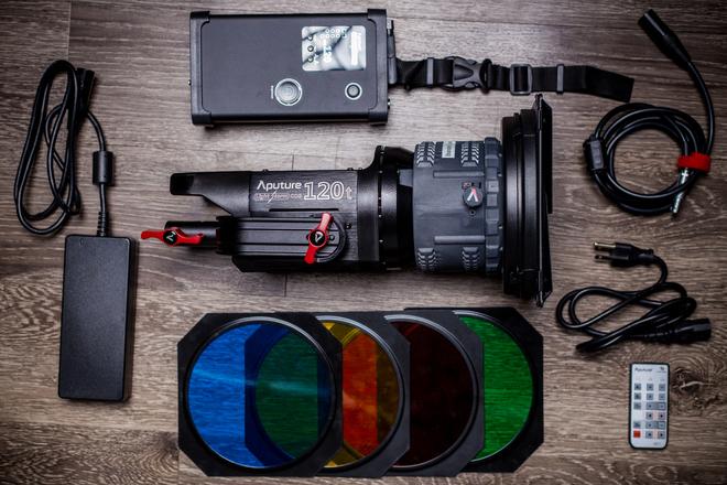 Aputure COB 120t LED Light Kit w/ Fresnel Lens & Barndoors