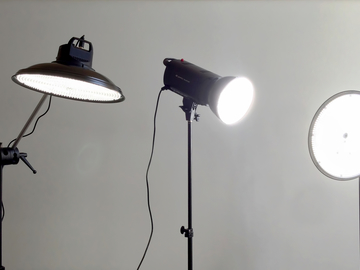 Rent: 3 Light Genaray LED Kit w/ stands and bags