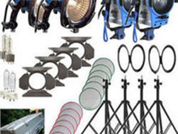 Arri 4 Light Kit - 2x 650w & 2x 300w in rolling case
