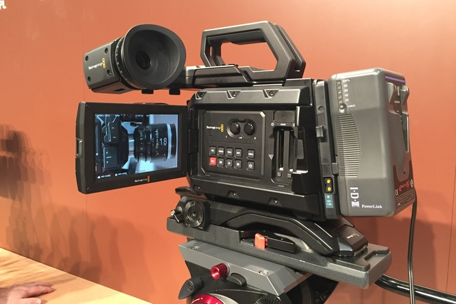 Rent A Blackmagic Design Ursa Mini 4k Ef Full Package W 18 35m Best Prices Sharegrid Los Angeles Ca
