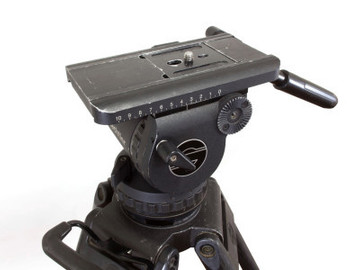 Rent: Sachtler Video 20 P Tripod Head w/ Carbon Fiber Legs