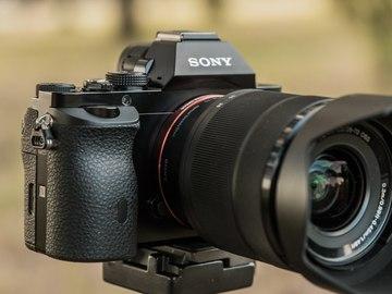 Sony  A7 w/ fe 28-70mm oss