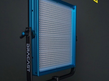 Rent: 1 Dracast LED1000 Pro Bi-Color LED [1] w/Light Stand
