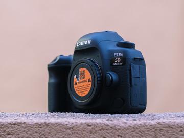 Rent: Canon EOS 5D Mark IV w/ Canon 24-70 F2.8 L II