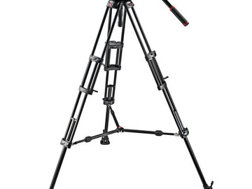 Rent: Manfrotto 509HD Video Head with 545B Tripod Legs, Mid-spread