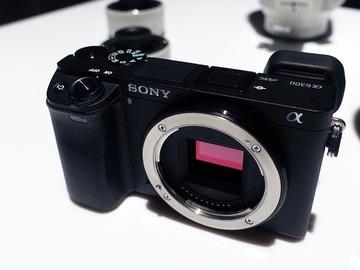 Rent: Sony a6300 Kit (2 lenses - 55-210mm, 16-50mm)
