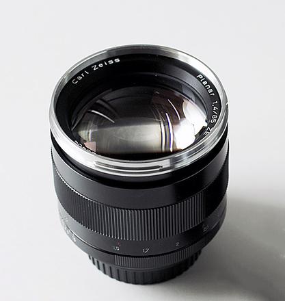 Zeiss ZE Classic Planar 85mm f/1.4 - Canon EF Mount