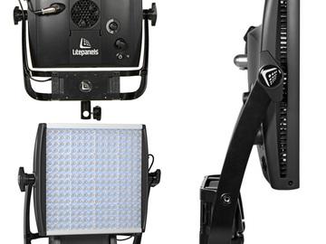 Rent: Lightpanels Astra 1x1 Bicolor V-mount Plate