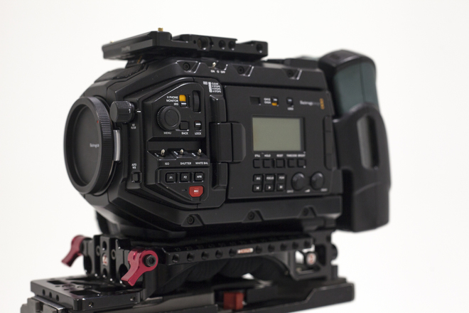 Blackmagic URSA Mini Pro base kit - EF MOUNT
