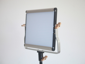 Rent: Neewer LED Light Panel