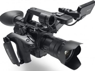 Rent: Sony FS5 Package - Camera/Lens/Cards