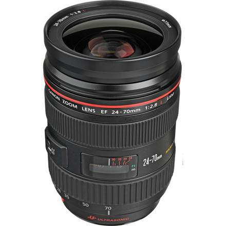 Canon Zoom Wide Angle-Telephoto EF 24-70mm f/2.8L USM Autofo