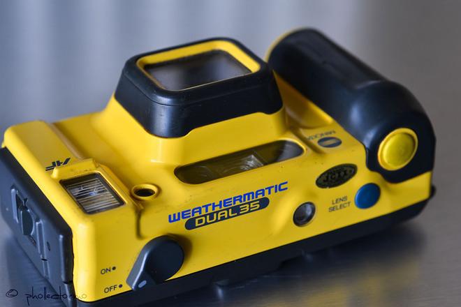 Minolta Weathermatic Dual 35, Underwater 35mm Film, 1987