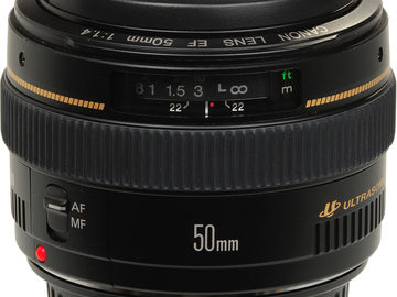 Canon 50mm f/1.4 Prime Lens Kit