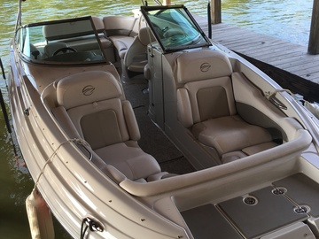 Rent: Production Speed Boat w/ Jet Ski Assist