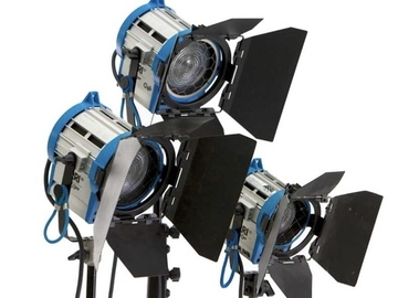 Rent: ARRI Tungsten Light Kit, (1) 1K Fresnel, (2) 650, (1) 300