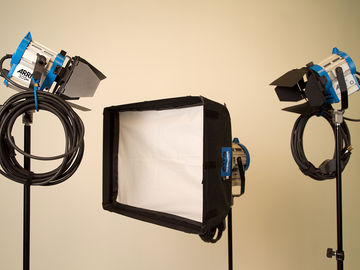 Rent: ARRI Tungsten Light Kit w/Soft Box