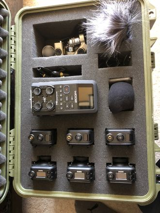 Zoom H6 with 3 Rodelink Lavs