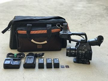 Rent: Canon C100 Mark II w 24-105mm f/4L IS USM Lens, 3x Batteries