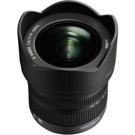 PANASONIC LUMIX 7-14mm f/4.0 (MFT)