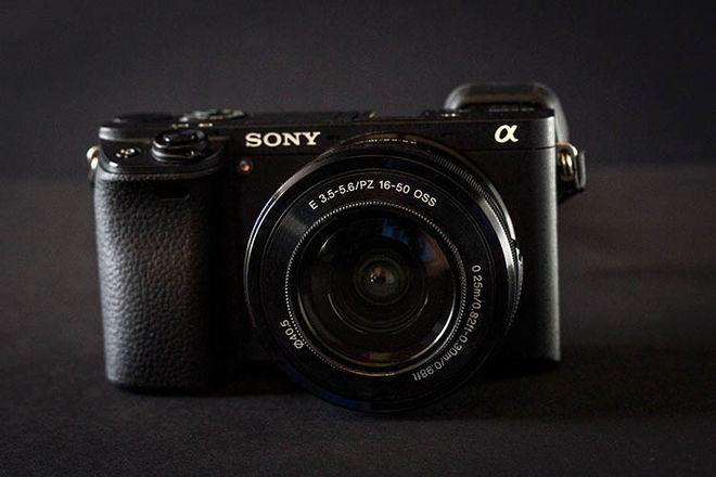 Sony Alpha a6300 Mirrorless w/ 50mm f/1.8