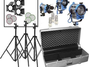 Rent: ARRI Compact Fresnel Three-Light Kit