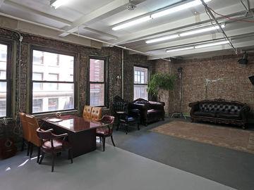 Photo & Video Studio, New York Charm and Feel