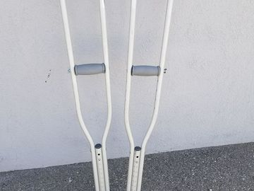 Rent: Pair of Adjustable Crutches
