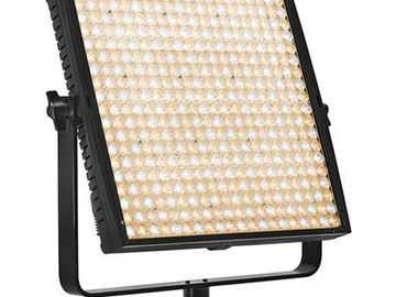 Rent: Lupo SuperPanel 1x1 LED Bi Color DMX