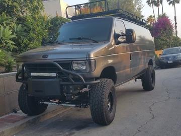 Rent: Cargo Van 4x4 Ford Econoline 250