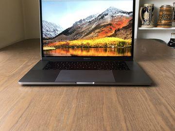 """Rent: Apple MacBook Pro 15"""""""