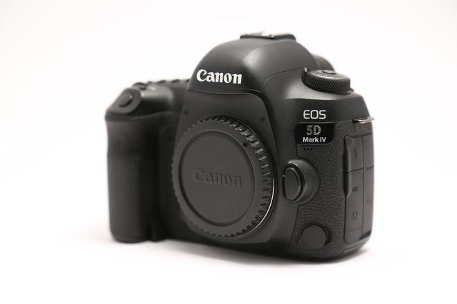 Canon EOS 5D Mark IV w/ C-LOG