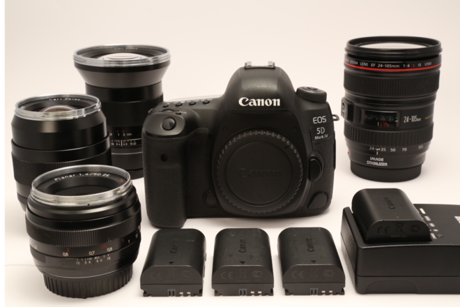 Canon EOS 5D Mark IV + 4 lens kit