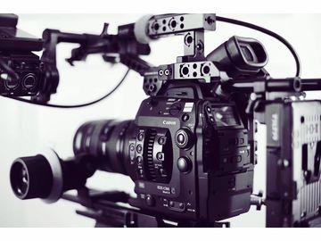 Rent: Canon EOS C300 Mark II + 24-105 lens + handheld rig